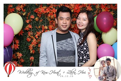 Kim Huat + Zhen Hui Photo Booth Album