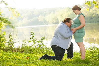 Kim and Charles Maternity Session 2021-34