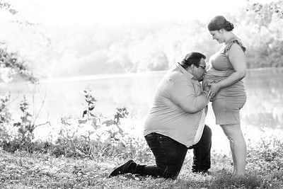 Kim and Charles Maternity Session 2021-33