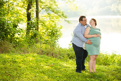 Kim and Charles Maternity Session 2021-39