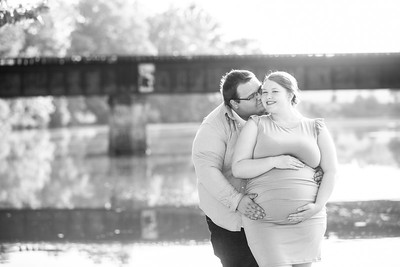 Kim and Charles Maternity Session 2021-8