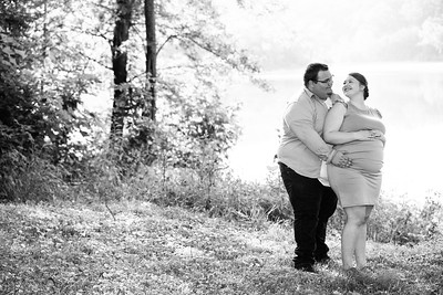 Kim and Charles Maternity Session 2021-41