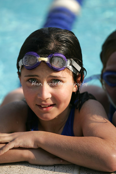 Swim 20040028a