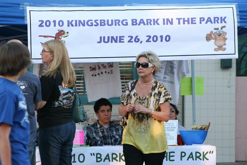 Candids and Random shots from the 2010 Swedish Festival in Kingsburg