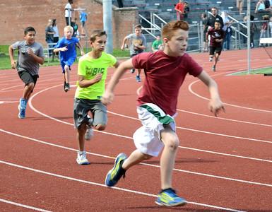Tania Barricklo-Daily Freeman                      400 m