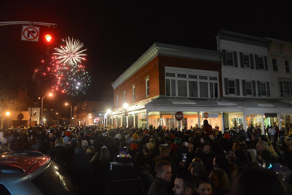 . Kingston New Year\'s Eve celebration 2016-2017. Daily Freeman photo by Tania Barricklo