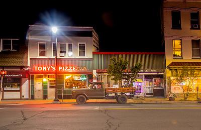 Broadway, Kingston, New York - with Tony's Pizzeria