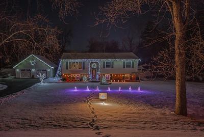 Christmas Lights set to music on Linderman Avenue in Kingston, New York