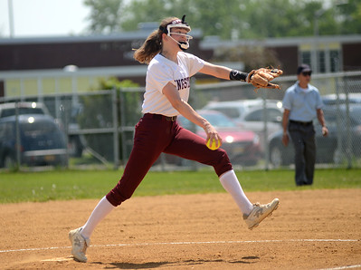 Tania Barricklo-Daily Freeman                      Kingston pitcher Shannon Bonnewitt.