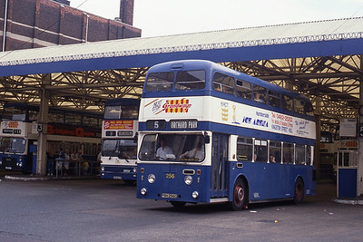 KHCT 256 Central Bus Stn Hull Sep 89