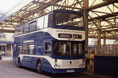 KHCT 135 Central Bus Stn Hull 2 Nov 11