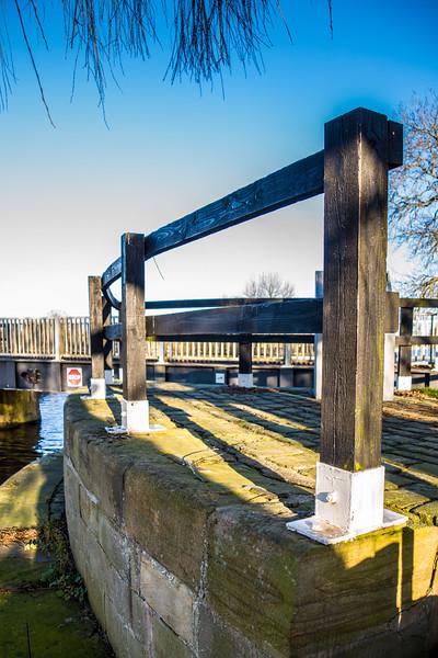 Bramwith canal lock