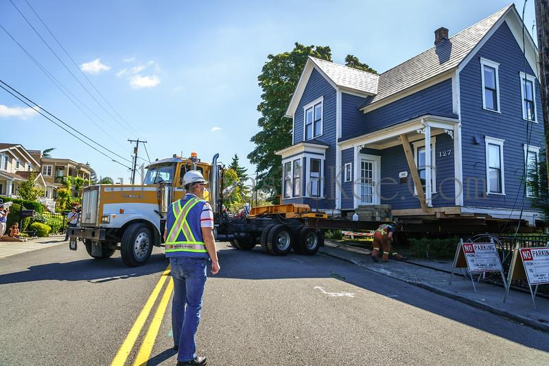 Kirkland House Move-040