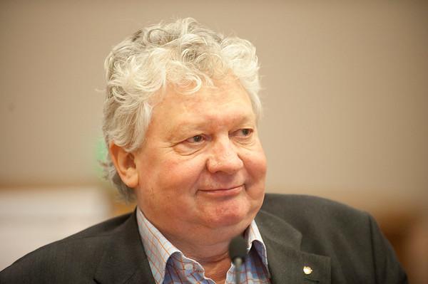 Christiansen, Åge Petter