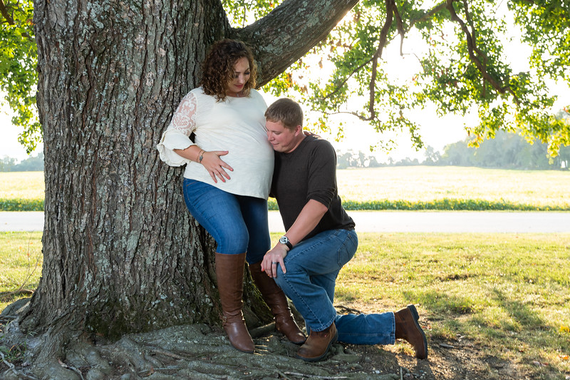©Waters Photography_Kirsten and Kevin Maternity Sept 201981