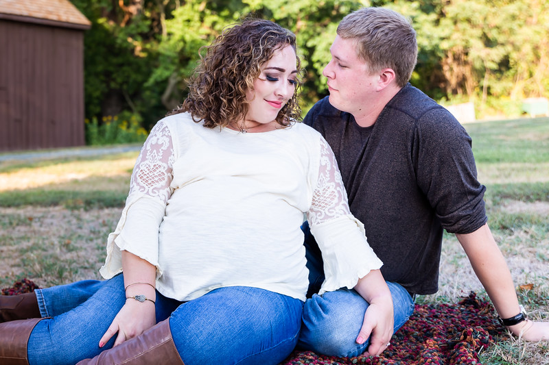 ©Waters Photography_Kirsten and Kevin Maternity Sept 201944