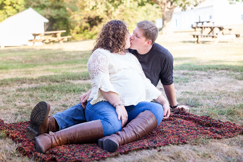©Waters Photography_Kirsten and Kevin Maternity Sept 201914