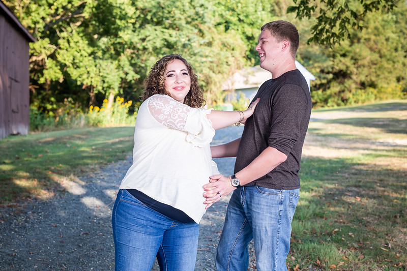 ©Waters Photography_Kirsten and Kevin Maternity Sept 201919