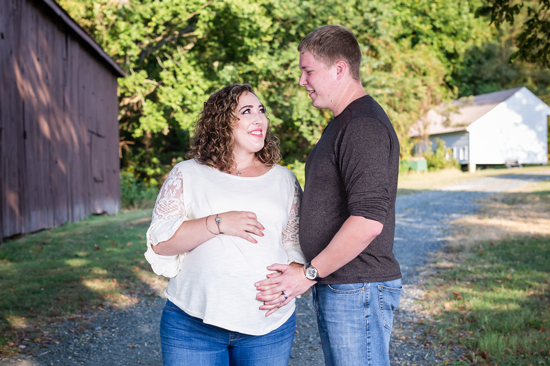 ©Waters Photography_Kirsten and Kevin Maternity Sept 201921