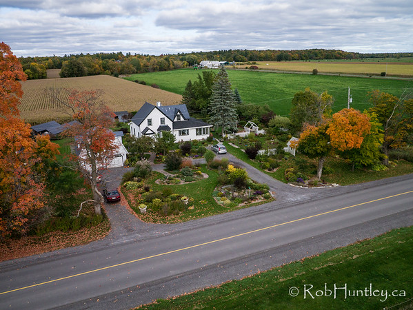 Home and Gardens of Phil and Carole Reilly. Aerial photography.