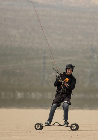 Spring Break Kiting at Ivanpah