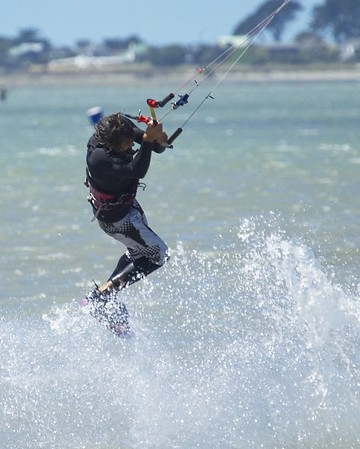 Kiteboarding - Chch - 18/02/06