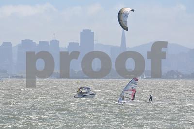 Kiteboards vs Formula Windsurfers Kites Break Through!