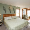 Top-Level King Master Bedroom w/ Twin Bed