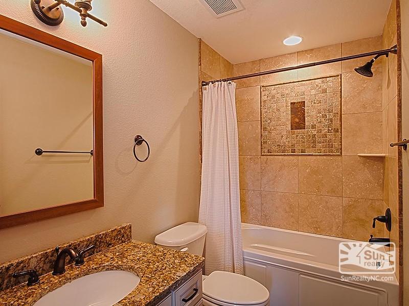 Pyramid Bunk Master Bathroom