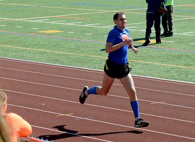 Tania Barrickjlo-Daily Freeman  Kiwanis Kingston Classic marathon winner Andrii Toptun of Kyiv.