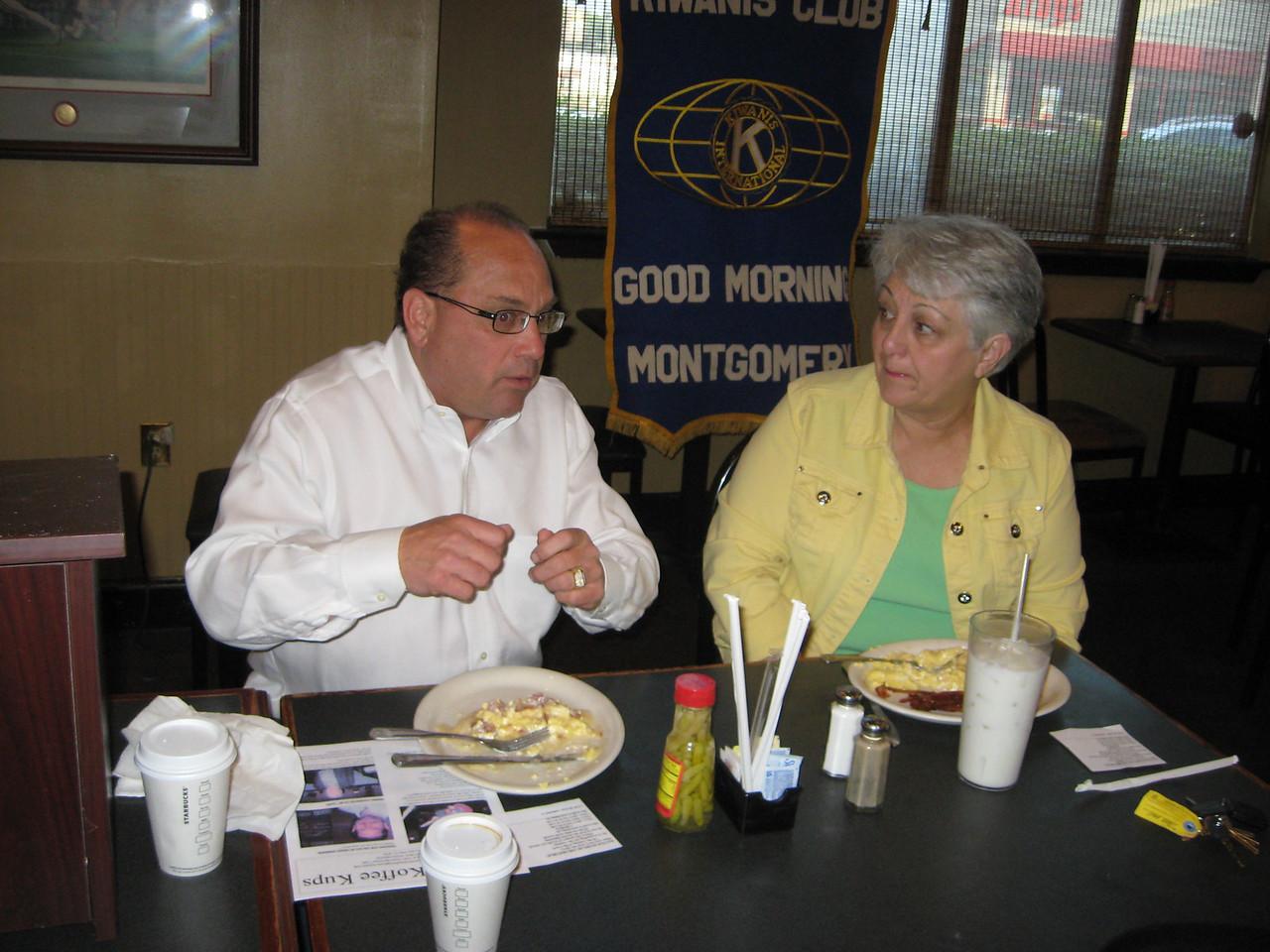 Jeff Nursey, Linda Grant
