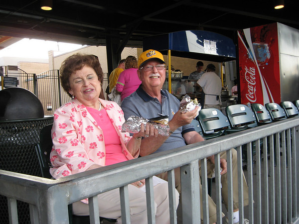 GMMKC attends Biscuits Game - April 2009