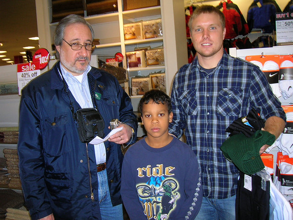 Kiwanis-Xmas Shopping at JCPenney's 2009