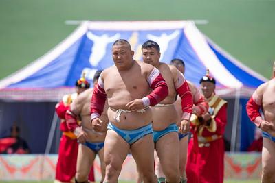 2020 оны долдугаар сарын 11. Тулгар төрийн 2229, Их Монгол Улсын 814, Ардын хувьсгалын 99 жилийн ой, Үндэсний их баяр наадам эхэллээ. ГЭРЭЛ ЗУРГИЙГ Б.БЯМБА-ОЧИР/MPA