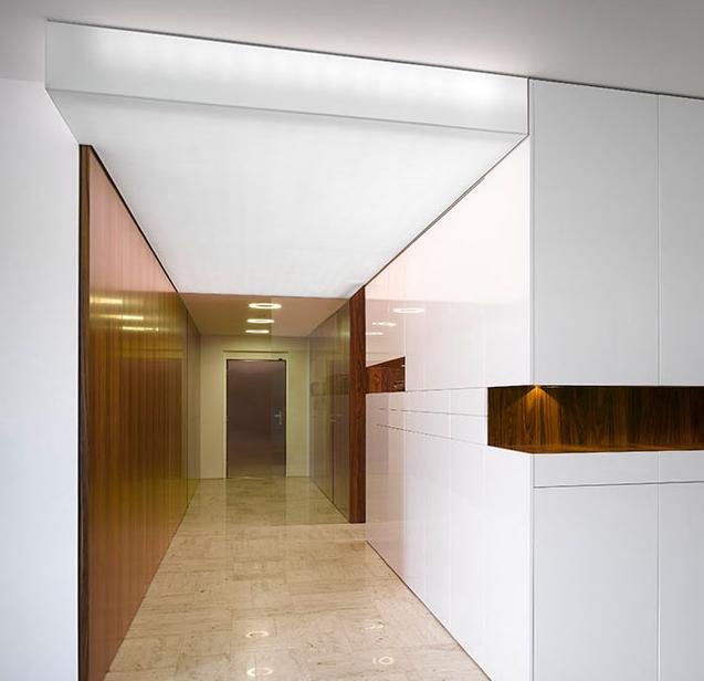 Barrisol světelný strop v koupelně
