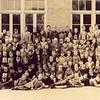 F2049<br /> <br /> De r.-k. jongensschool St. Pancratius. De foto is eveneens in twee delen te zien op F1199a en F1199b (met vermelding van veel namen).