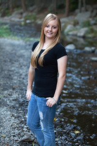 Danielle's Senior Portraits-0778-Edit