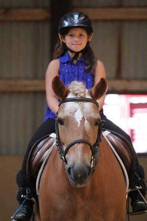 2015-08-07 Cassidy riding Horse 017