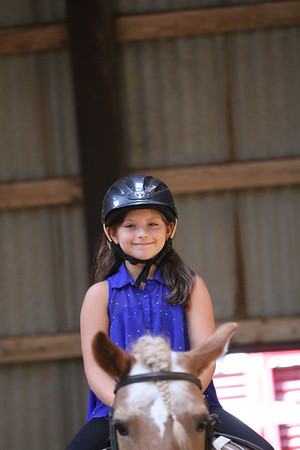 2015-08-07 Cassidy riding Horse 018