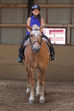 2015-08-07 Cassidy riding Horse 011