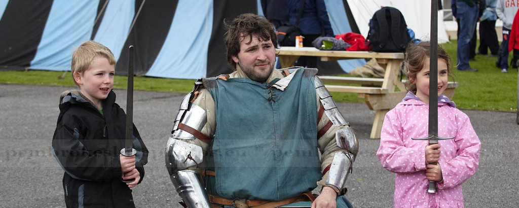 Knights of Longshank, Reenactment group, Pembroke Castle