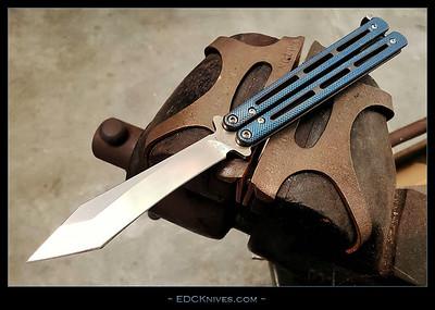 EDCK-BM67-Ti-GG-BlueWorking