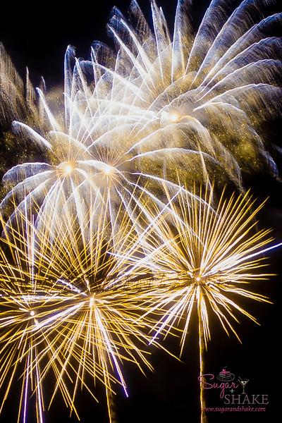 Ala Moana 4th of July fireworks. © 2013 Sugar + Shake