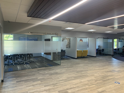 Knoxville-Environmental-Graphics-ORNL-FCU-Halls-14