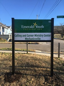 Knoxville-Signs-Emerald-Youth-Foundation-Mechanicsville