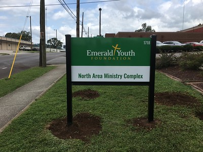 Knoxville-Environmental-Graphics-Emerald-10