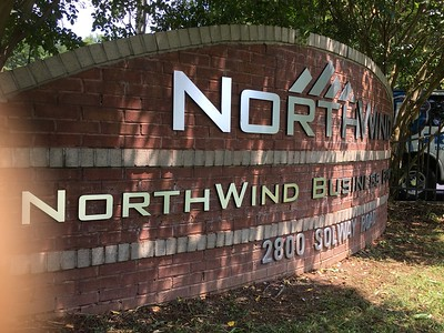 Knoxville-Signs-NorthWind-7