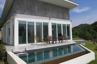 One Bed Luxury Seaview Villa: Klong Toab Beach, image copyright KoLanta.net