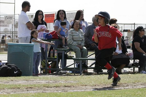 HOMERUN! #10 Calvin Nazman running home, Angels vs. Royals, Ocean View Pony Baseball (Shetland)