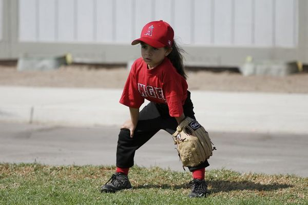 #04 Breanna Loyola ready to field, Angels vs. Royals, Ocean View Pony Baseball (Shetland)